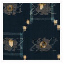 柳悦孝(1911-2003) 藍地木綿椿文絵絣飾布(部分)